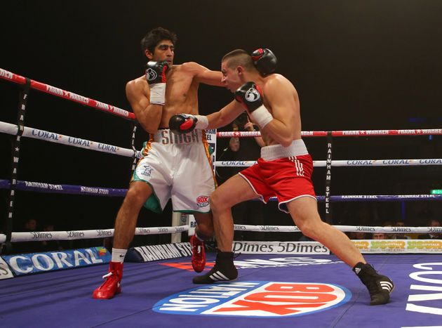 Vijender Singh Clinches Fourth Successive Knockout Win In