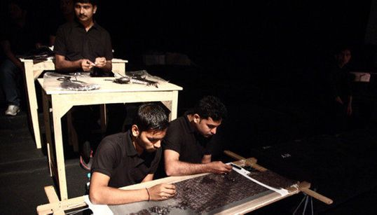 India Fashion Week: Sewing Machines And Artisans On The