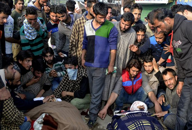 Handwara Firing: Three Civilians Dead, Parrikar Assures Mufti 'Guilty Will Be