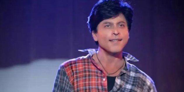 WATCH: How Brad Pitt's Cheeks Helped Turn SRK Into Gaurav In