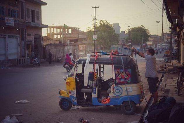 How 3 Guys And 1 Autorickshaw Changed The Lives Of 50 Orphanage