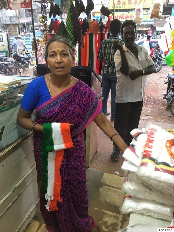 The Hilarious Reason Why Congress Scarves Are Selling Like Hotcakes In