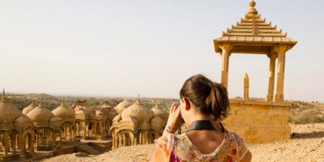 India, Rajasthan, Jaisalmer, Tourist at Bada Bagh