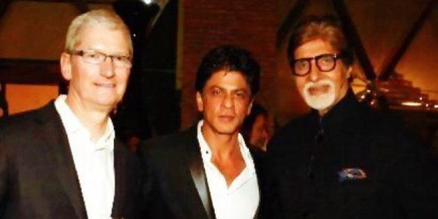 Tim Cook Parties With Shah Rukh Khan And Others At