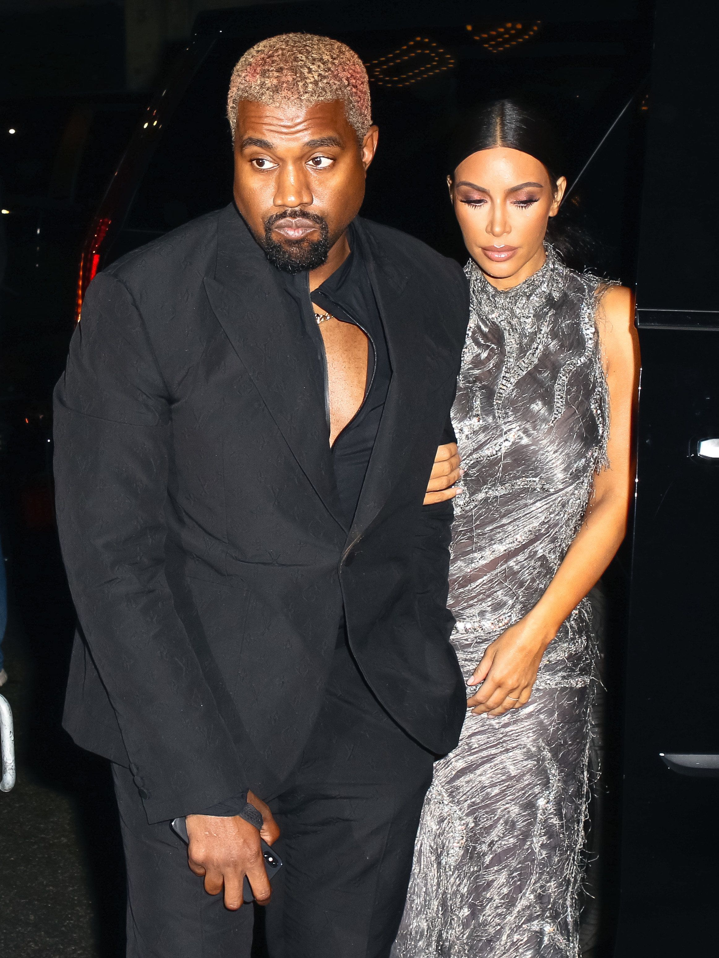Kanye West And Kim Kardashian Reportedly Having A Baby