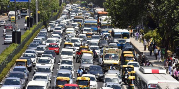NEW DELHI, INDIA - MAY 18: Heavy traffic jam due to the thousands of devotees who joined the funeral...