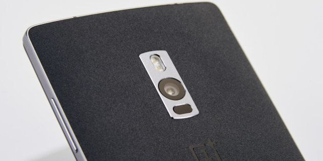 Detail of the 13-megapixel camera on a OnePlus 2 smartphone, taken on September 2, 2015. (Photo by Jonny...
