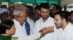 Lalu's Son Tej Pratap Yadav Threatens Journalist, Daddy Defends
