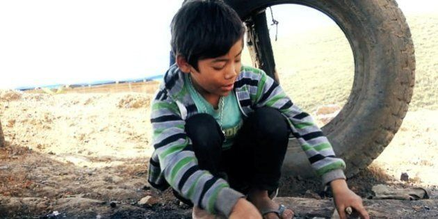 'Fireflies In The Abyss' Is A Sobering Look At The Lives Of Meghalaya Coal