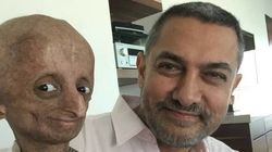 Why This Picture Of Aamir Khan And A 14-Year-Old Progeria Patient Is Winning Hearts