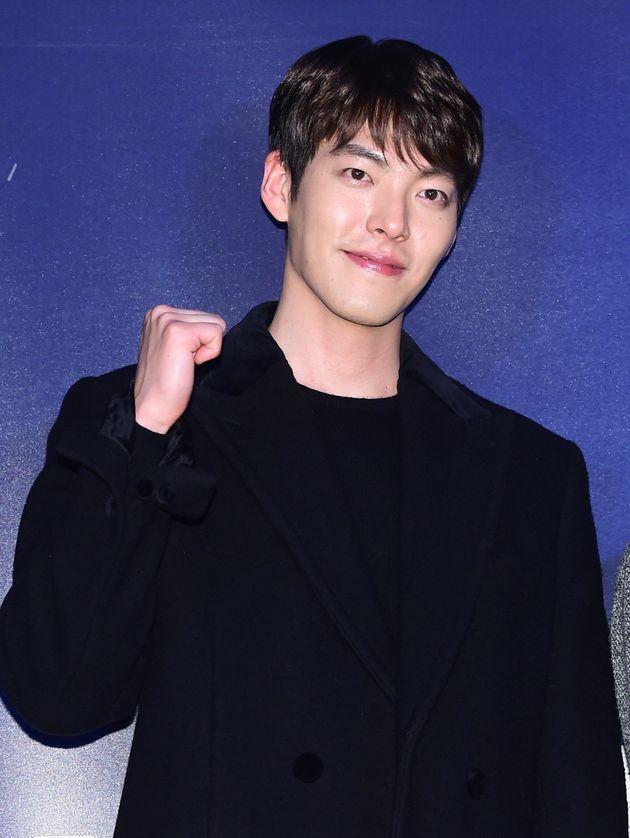 배우 김우빈 측이 '스크린 복귀설'에 입장을
