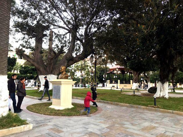 Le public découvre le square Port Saïd rénové, le 8 janvier 2018 à