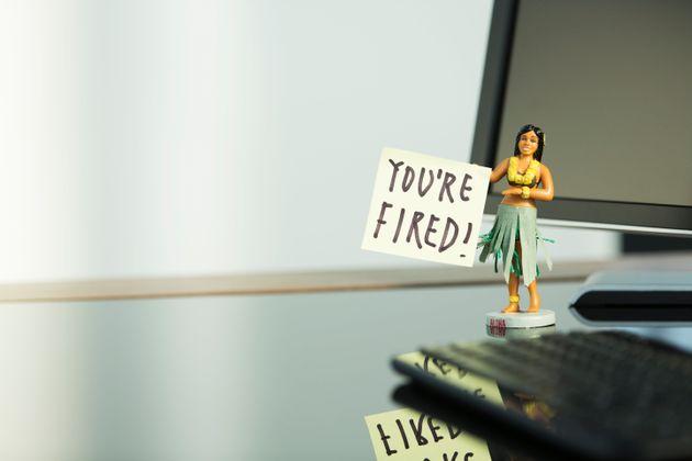 8 σημάδια που μαρτυρούν ότι θα σε διώξουν από τη δουλειά