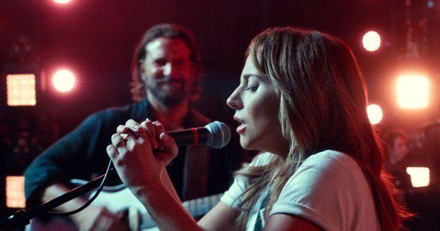 A cantora Lady Gaga brilha como Ally na 4ª versão do clássico
