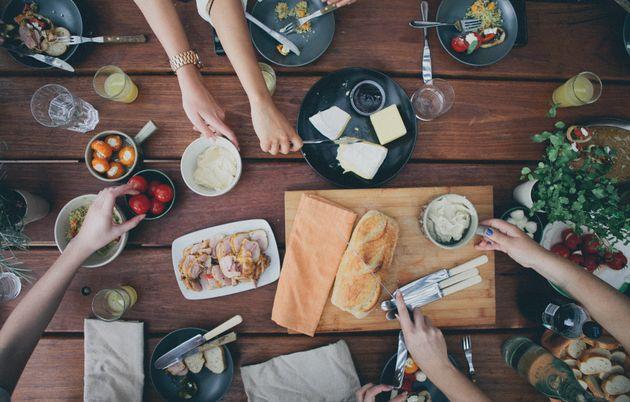 Οι εταιρίες που προσφέρουν καθημερινά δωρεάν γεύματα στους εργαζομένους