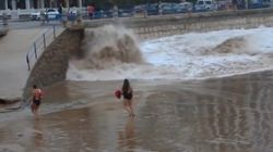 ASSISTA: Foi provocar o mar...