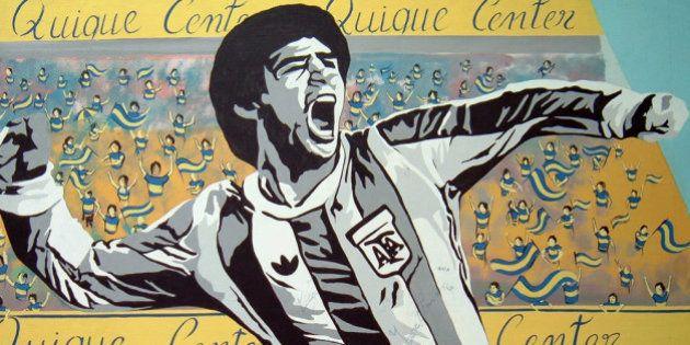 Fãs do Pelé que me perdoem, mas Deus só existe um... :P-----Fans de Pelé que me perdonen, pero Dios sólo...