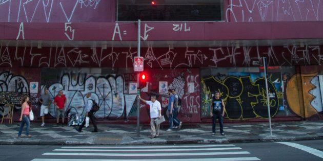 Uma esquina de São Paulo dá uma maravilhosa lição de