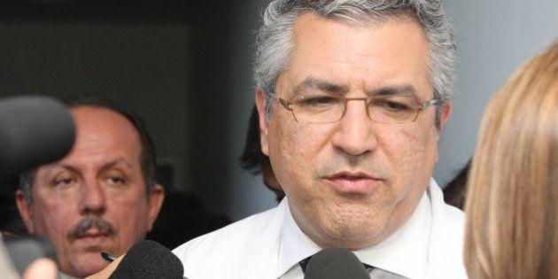 Visita do Ministro da Saúde Alexandre Padilha ao Hospital Geral Roberto Santos. Inaugurando a nova UTI...