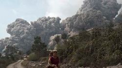 Erupção de vulcão mata 11 na