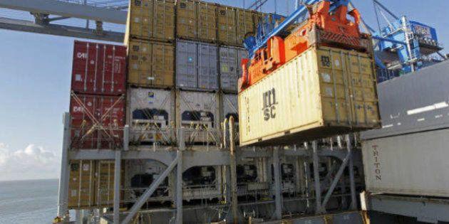 Balança comercial brasileira tem maior déficit da
