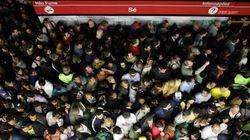 Caos na linha vermelha do metrô em São Paulo: veja fotos e