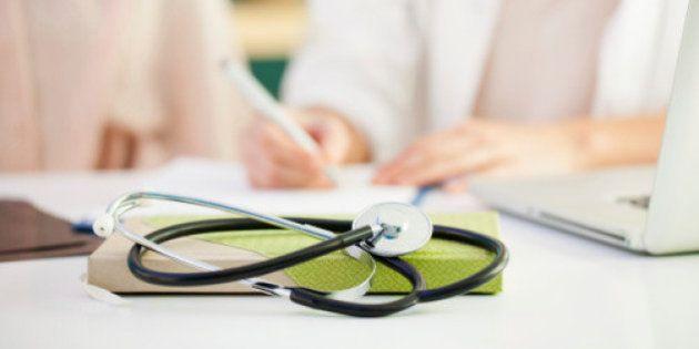Associações médicas condenam condições de trabalho no Mais