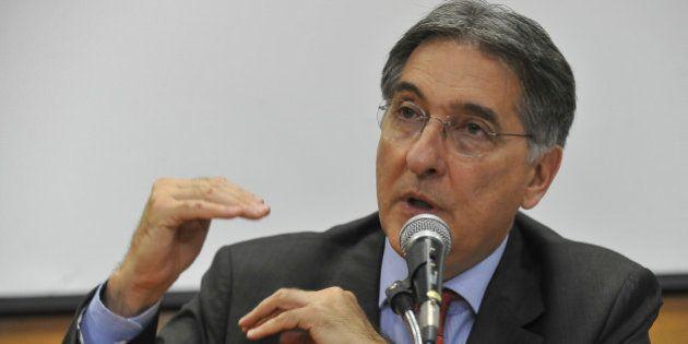 Ministro Fernando Pimentel deixa o governo para campanha de