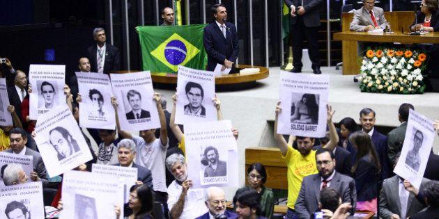 50 anos do golpe militar: Sessão na Câmara tem provocações, tumulto e resposta de repúdio à