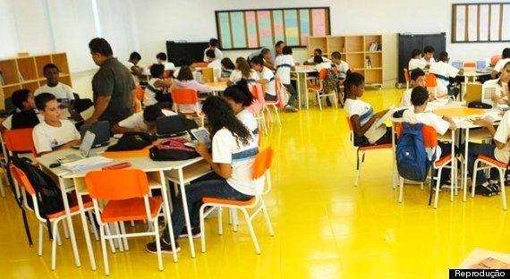 A escola da Rocinha que não tem séries nem
