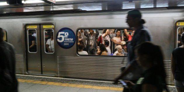 Campanha quer que metrô use verba para publicidade