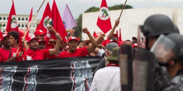 Marcha do MST: grupo realiza marcha em Brasília e entra em confronto com a Polícia