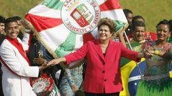 Dilma tem samba no pé ou não tem? O pessoal quis conferir lá no