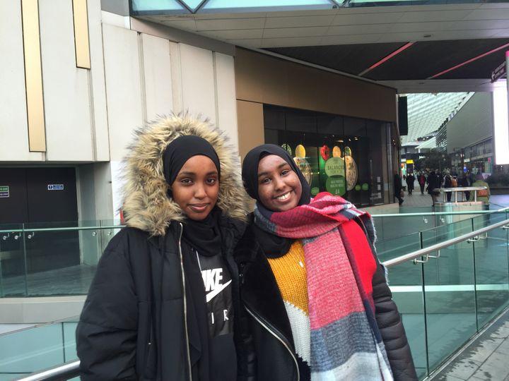 Amirah Shiekh (left) and Ayaan Shiekh (right).