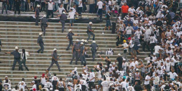 Corinthians é denunciado e pode perder até 20 mandos de
