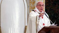 Após ordenar prisão de ex-arcebispo, papa destitui bispo acusado de acobertar abusos