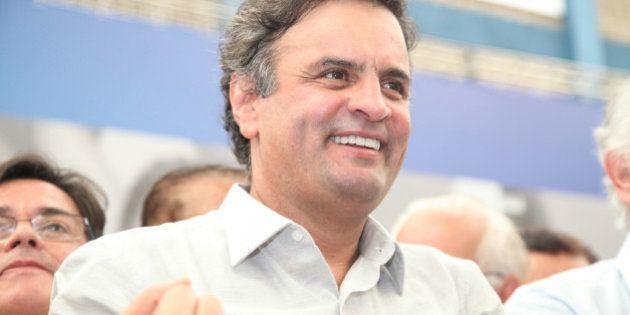 O senador Aécio Neves (MG), o governador Antonio Anastasia, o presidente do PSDB-MG, deputado federal...