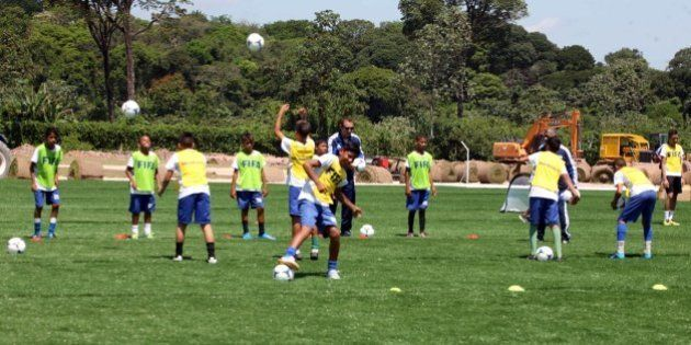 Gastos de repasse da Fifa à CBF serão monitorados pelo Ministério do