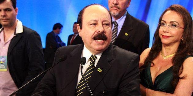 OAB quer cassar candidatura de Levy Fidélix por discurso de