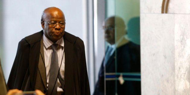 OAB-DF pede que não seja dada permissão a Joaquim Barbosa para voltar a advogar no
