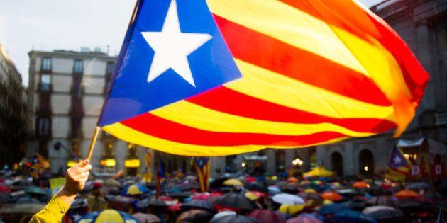 Catalunha ignora veto do governo central da Espanha e organiza referendo