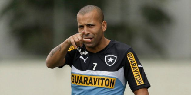 Presidente do Botafogo decide rescindir com Emerson e mais