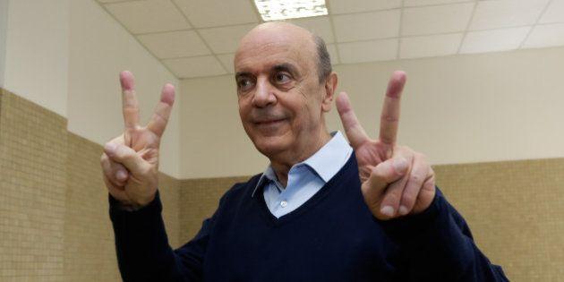 José Serra (PSDB) vence Eduardo Suplicy (PT), é eleito senador por São Paulo e se recupera de derrota...
