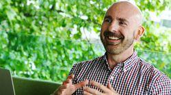 Este homem quer fazer as pessoas mais felizes e montou uma empresa para