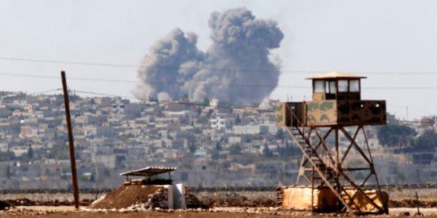 Cidade curda síria cercada pelo Estado Islâmico está prestes a cair, diz
