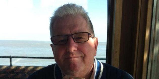 Autoridades marroquinas liberam Ray Cole, turista inglês preso e condenado por ser