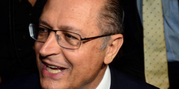SAO PAULO, BRAZIL - OCTOBER 31: Governor of the State of Sao Paulo, Geraldo Alckmin attends the Colcci...