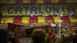 Apesar de ameaça de exclusão, Barça apóia plebiscito na