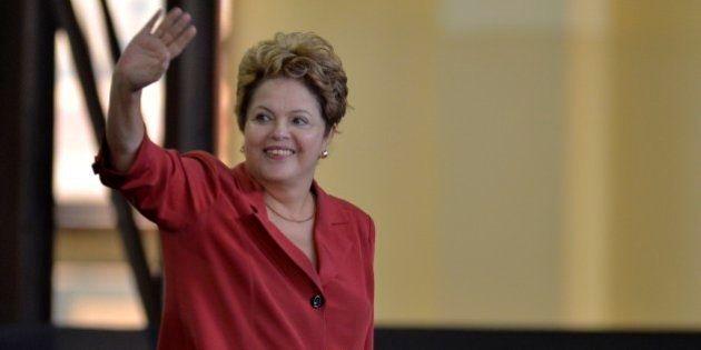 Dilma mantém dianteira na corrida eleitoral e tem dobro de intenções de voto de