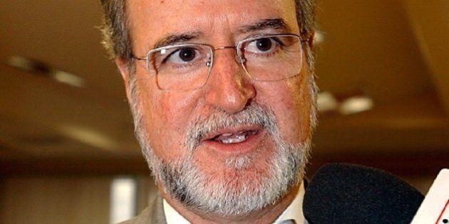 Eduardo Azeredo renuncia ao mandato de deputado